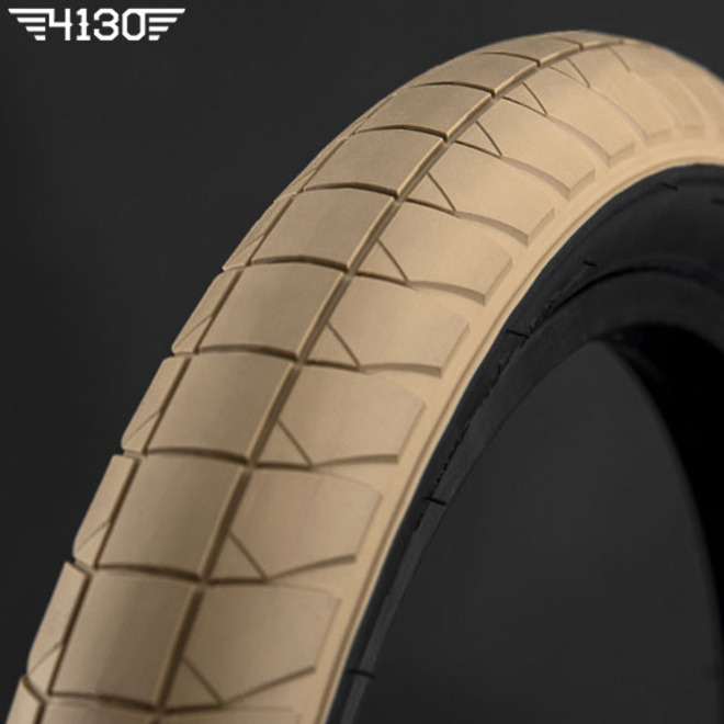 "FLY FUEGO Tire 2.3"" [Devon Smillie Signature] -Tan / Black Side wall-"