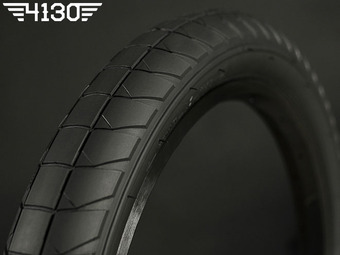 "FLY FUEGO Tire 2.3"" [Devon Smillie Signature] -Black-"