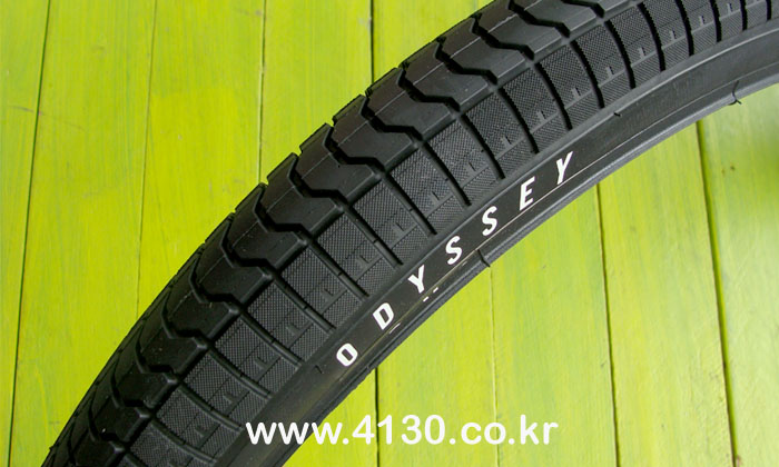 "ODSY PATH 24"" Tire P-LYTE- 2.1"" -SALE-"